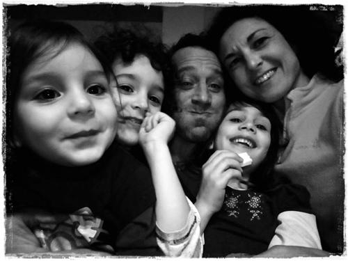 """pedagogia della famiglia, l'umiltà di imparare ad essere un padre ed una madre sempre """"migliori""""…"""