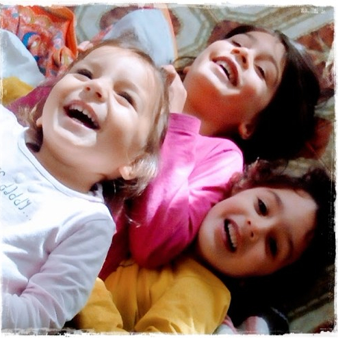 pedagogia della famiglia, il sorriso dei figli nelle preoccupazioni deigenitori…